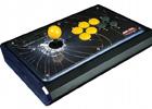 マッドキャッツ、「鉄拳タッグトーナメント2」仕様のアーケードコントローラーがゲームイベント「Red Bull 5G」の公式デバイスに認定