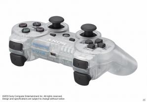 スケルトン仕様になったワイヤレスコントローラ「DUALSHOCK 3」の新色「クリスタル」が12月19日に発売