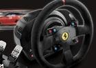 PS4/PS3レーシングコントローラー「T300RS」が発売決定―フェラーリモデルのAlcantara製ステアリングホイールと3ペダルをセットに