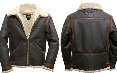 「バイオハザード」ラクーン警察署モチーフ&レオンのジャケットが発売決定
