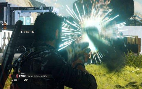 「ジャストコーズ4」にはサブウェポンを搭載した武器が多数登場!操縦できるビークルのバリエーションもチェック