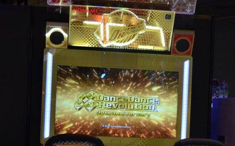 【JAEPO2019】DDR20周年記念のゴールドカラー筐体も登場!新作メダルゲームやプライズ機器が展示されたKONAMIブース