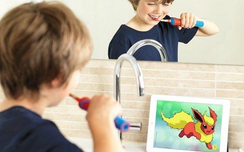 ピカチュウがデザインされた子供用電動歯ブラシが発売!歯磨きするたびポケモンに出会えるウェブコンテンツも登場